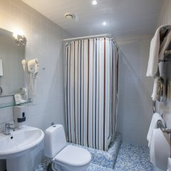 Гостиница Мармара 3* Улучшенный номер с различными типами кроватей фото 6