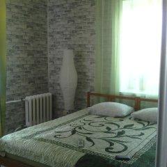 Mini-Hotel Leningradskiy 28 Стандартный семейный номер с двуспальной кроватью (общая ванная комната) фото 2