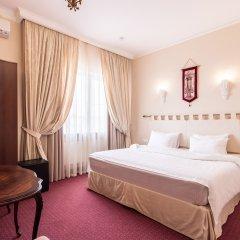 Гостиница Бристоль 4* Стандартный номер с двуспальной кроватью