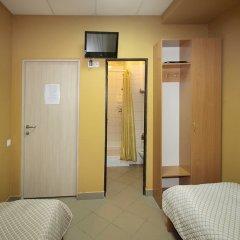 Hostel Podvorie Номер категории Эконом с различными типами кроватей фото 2