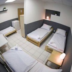 Хостел Seven Prague Номер с общей ванной комнатой с различными типами кроватей (общая ванная комната) фото 10