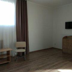 """Гостиница """"ПИПЛ"""" Люкс с различными типами кроватей фото 2"""