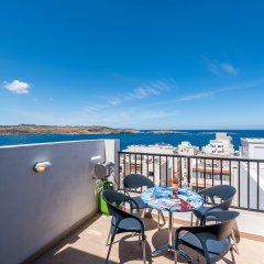 Отель SeaShells Sea View Studio-Penthouse Мальта, Буджибба - отзывы, цены и фото номеров - забронировать отель SeaShells Sea View Studio-Penthouse онлайн балкон фото 4