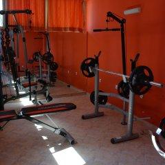 TM Deluxe Hotel фитнесс-зал