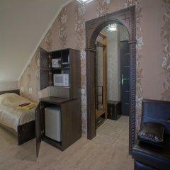 Гостиница JOY Номер Эконом разные типы кроватей (общая ванная комната) фото 9