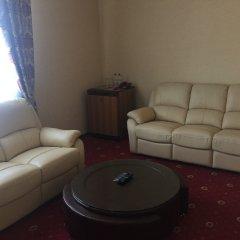 Гостиница Red в Анапе 3 отзыва об отеле, цены и фото номеров - забронировать гостиницу Red онлайн Анапа комната для гостей