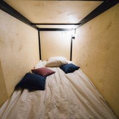 Хостел Fabrika Moscow Кровать в женском общем номере с двухъярусными кроватями
