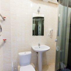 V Centre Hotel Улучшенный номер с различными типами кроватей фото 4