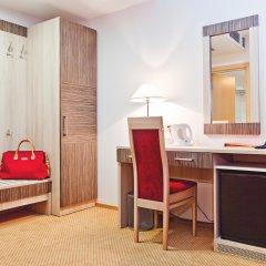 Гостиница East Gate 4* Номер Делюкс с различными типами кроватей фото 5