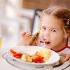 Гостиница Хлоя в Витязево 2 отзыва об отеле, цены и фото номеров - забронировать гостиницу Хлоя онлайн питание фото 2