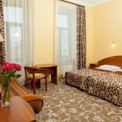 Апартаменты Гостевые комнаты и апартаменты Грифон Номер Делюкс с различными типами кроватей