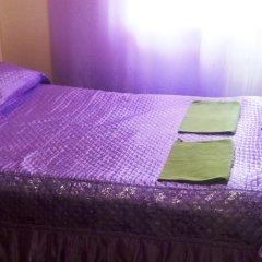Мини-отель Лира Номер с общей ванной комнатой с различными типами кроватей (общая ванная комната) фото 27