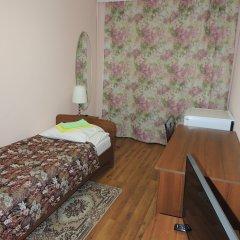 Гостиница Сансет 2* Номер с общей ванной комнатой с различными типами кроватей (общая ванная комната) фото 11