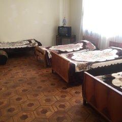 Хостел Sakharov & Tours Кровать в общем номере с двухъярусной кроватью