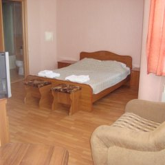 Гостиница Нева Стандартный номер с различными типами кроватей фото 3