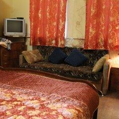 Мини-Отель 99 на Арбате Стандартный номер с общей ванной комнатой с разными типами кроватей фото 19