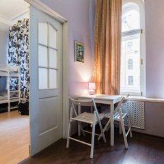 Гостиница Prosto Home Кровать в женском общем номере с двухъярусной кроватью