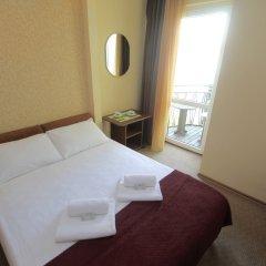 Мини-отель Банановый рай Стандартный номер с двуспальной кроватью