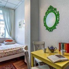 Хостел Друзья на Литейном Номер с различными типами кроватей (общая ванная комната) фото 11