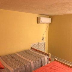 Хостел Hostour Кровать в общем номере фото 7