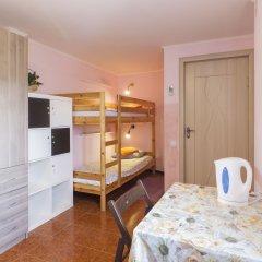 Хостел Олимп Кровать в женском общем номере с двухъярусной кроватью