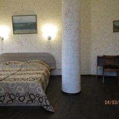 Гостиница Золотой Берег комната для гостей