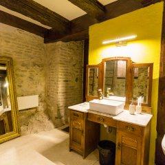 Отель Castle in Old Town Люкс с различными типами кроватей фото 16