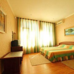 Гостевой Дом На Черноморской 2 Люкс с различными типами кроватей фото 4