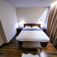 Hotel Dvin сейф в номере