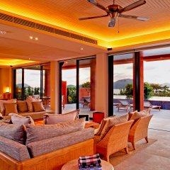 Sri Panwa Phuket Luxury Pool Villa Hotel интерьер отеля