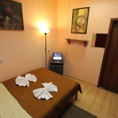Хостел Геральда Стандартный номер с двуспальной кроватью (общая ванная комната) фото 4