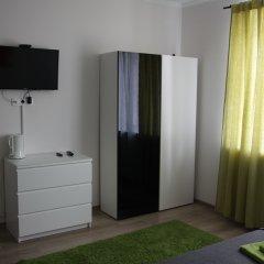 Гостевой дом Лорис Улучшенный номер с разными типами кроватей фото 10