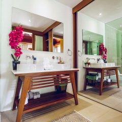 Отель Villa Laguna Phuket 4* Бунгало с различными типами кроватей фото 8