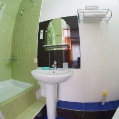 Гостиница Императрица Номер Эконом с разными типами кроватей (общая ванная комната) фото 7