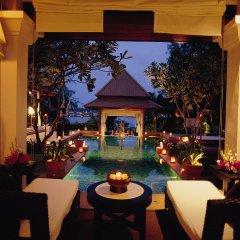 Banyan Tree Phuket Hotel 5* Вилла Делюкс разные типы кроватей фото 10