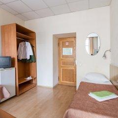 Метро-Тур хостел Кровать в общем номере с двухъярусной кроватью фото 4