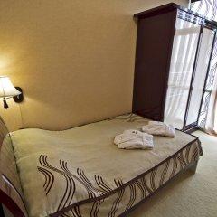 Гостиница Лазурный Алушта Стандартный номер с различными типами кроватей фото 5