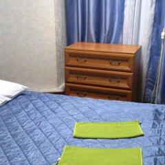 Мини-отель Лира Номер с общей ванной комнатой с различными типами кроватей (общая ванная комната) фото 18