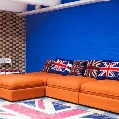 Hostel Big Ben Кровать в женском общем номере