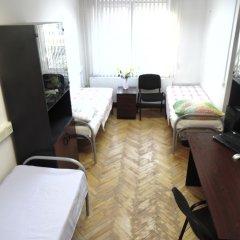 Хостел GORODA Кровать в общем номере