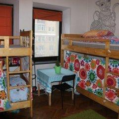 Апартаменты на Земляном Кровать в женском общем номере с двухъярусными кроватями фото 2