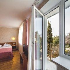 Парк-Отель и Пансионат Песочная бухта 4* Улучшенный номер с двуспальной кроватью фото 3