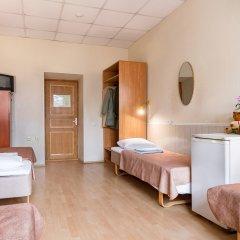 Метро-Тур хостел Кровать в общем номере с двухъярусной кроватью фото 7