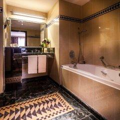 L'Hotel du Collectionneur Arc de Triomphe 5* Улучшенный номер разные типы кроватей фото 8