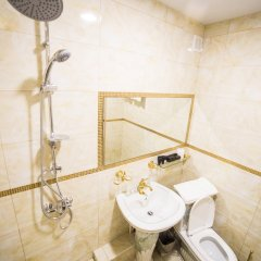 Гостиница Мини-отель Kот в Кургане отзывы, цены и фото номеров - забронировать гостиницу Мини-отель Kот онлайн Курган ванная