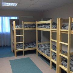 Хостел 4&4 Кровать в общем номере фото 5