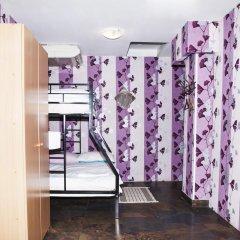 Хостел Полянка на Чистых Прудах Кровать в общем номере с двухъярусной кроватью