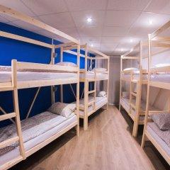 Хостел ULA Кровать в общем номере с двухъярусной кроватью