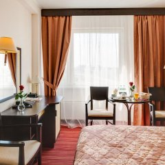 Гостиница Двухместный номер Делюкс с 1 кроватью комната для гостей фото 2