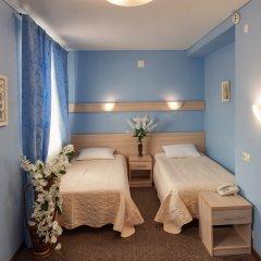 Гостиница Два крыла Улучшенный номер с 2 отдельными кроватями